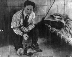 Magicien connu Harry Houdini